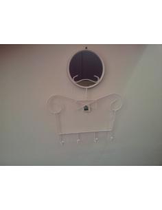 """Appendiabiti con specchio da parete modello """"BOY"""" di Maiuguali bianco e silver"""