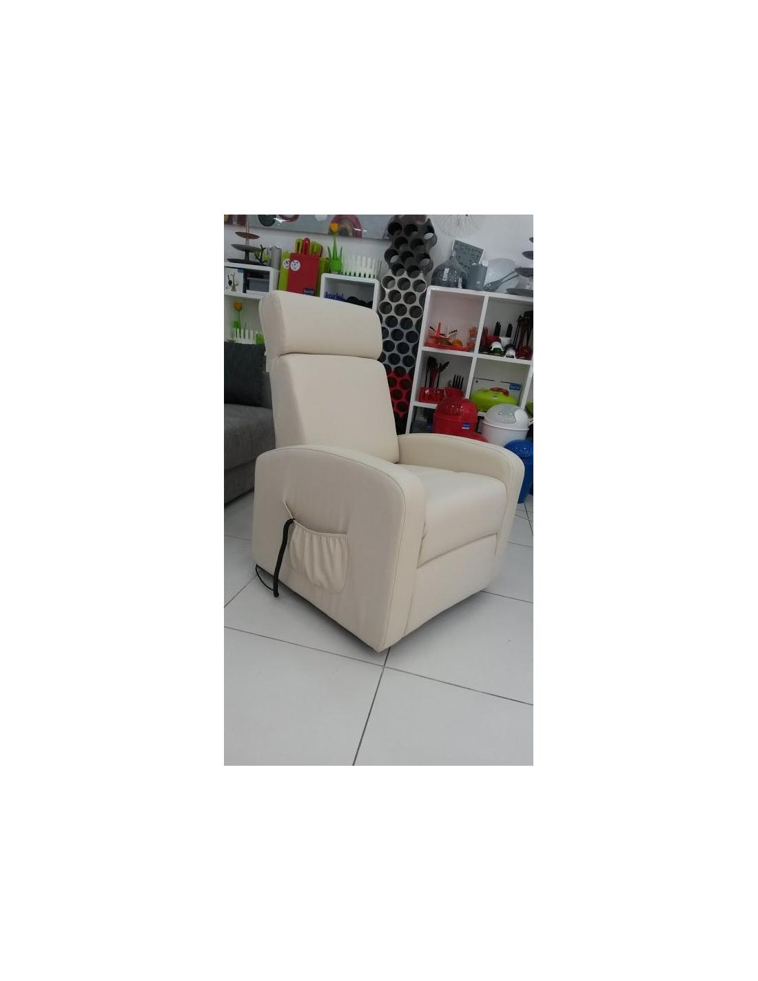 Poltrona relax elettrica reclinabile alzapersona modello katia for Poltrona alzapersona