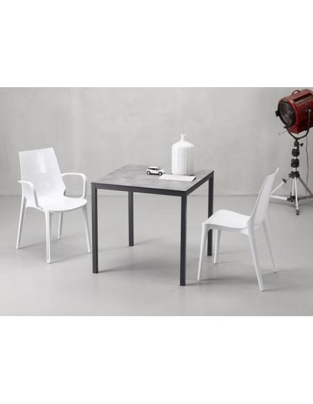 Sedie modello VANITY 2654 con braccioli di Scab Design