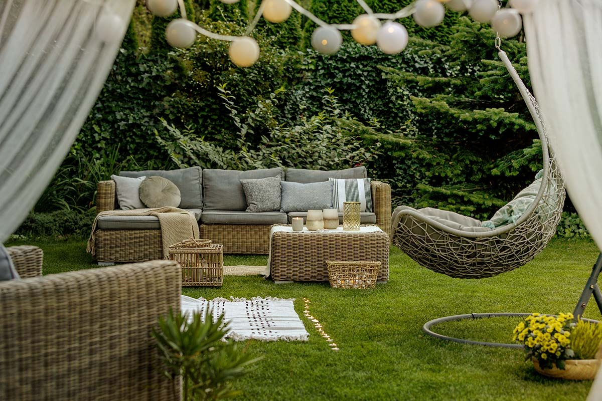 Come Arredare Un Giardino I Consigli Per Un Arredo D Esterno Perfetto Casa E Stile Arredamenti